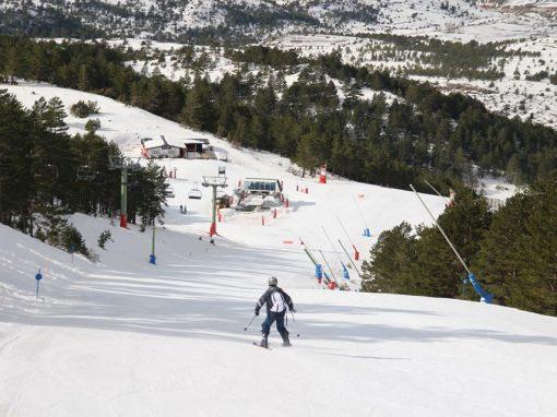 Escapada a la nieve en Teruel, esquía en Valdelinares o Javalambre y visita Rubielos de Mora