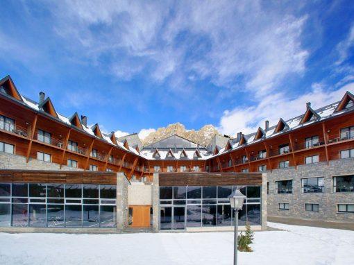 Escapada a la nieve. Esquí y actividades invernales en la estación de Formigal-Panticosa